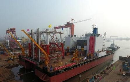 中交海建自主建造首艘深层搅拌船下水